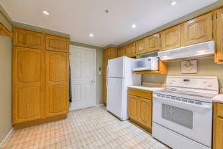 "Photo 10: 111 1150 54A Street in Delta: Tsawwassen Central Condo for sale in ""THE LEXINGTON"" (Tsawwassen)  : MLS®# R2375130"