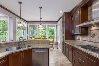Photo 11: 1010 JAY Crescent in Squamish: Garibaldi Highlands House for sale : MLS®# R2618130