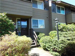 """Photo 1: 2331 MOUNTAIN Highway in North Vancouver: Lynn Valley Townhouse for sale in """"Yorkwood Park"""" : MLS®# V1015049"""