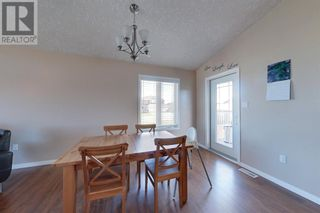 Photo 6: 1117 9 ave  SE in Slave Lake: House for sale : MLS®# A1119439