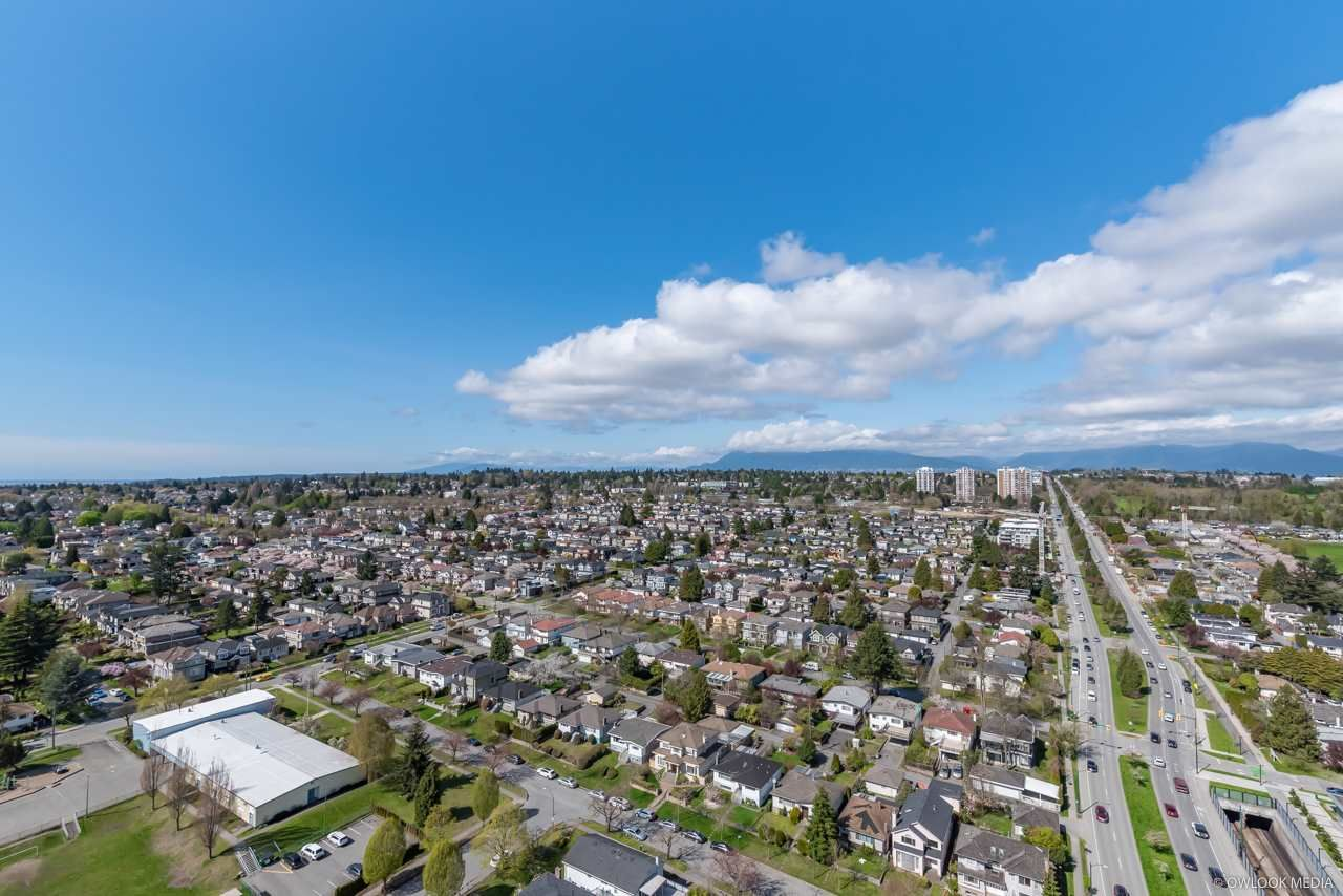 Main Photo: 2804 8189 CAMBIE Street in Vancouver: Marpole Condo for sale (Vancouver West)  : MLS®# R2358034