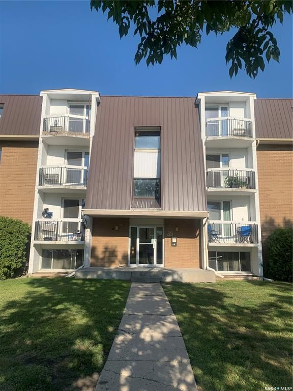 Main Photo: 11 35 Centennial Street in Regina: Hillsdale Residential for sale : MLS®# SK823768