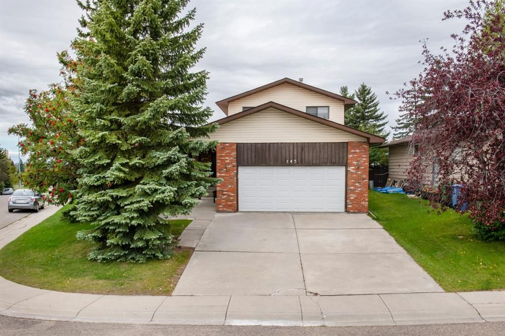 Main Photo: 143 Edgehill Place NW in Calgary: Edgemont Detached for sale : MLS®# A1143804