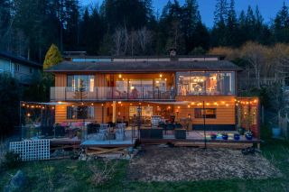 Photo 2: 6885 ISLANDVIEW Road in Sechelt: Sechelt District House for sale (Sunshine Coast)  : MLS®# R2549902