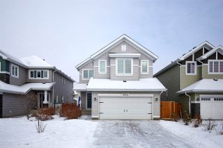 Photo 2: 8024 18 Avenue in Edmonton: Zone 53 House for sale : MLS®# E4229523