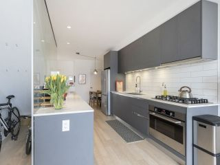 """Photo 21: 312 1647 E PENDER Street in Vancouver: Hastings Townhouse for sale in """"The Oxley"""" (Vancouver East)  : MLS®# R2555021"""