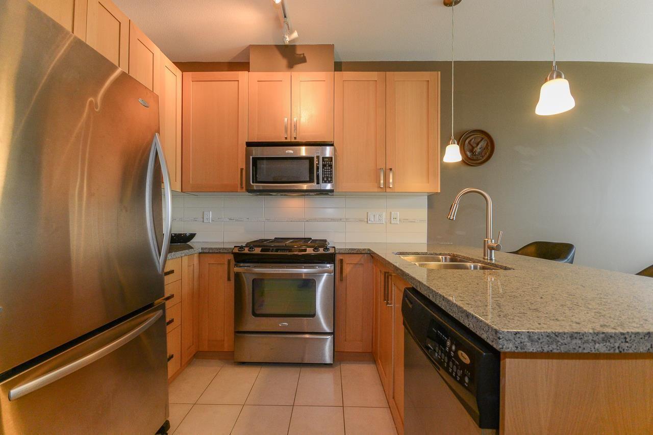 """Photo 5: Photos: 405 15988 26 Avenue in Surrey: Grandview Surrey Condo for sale in """"THE MORGAN"""" (South Surrey White Rock)  : MLS®# R2276141"""