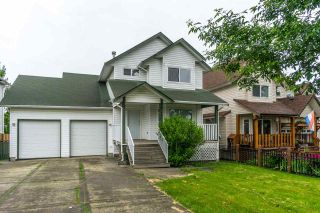 Photo 2: 26431 32 Avenue in Langley: Aldergrove Langley House for sale : MLS®# R2072232