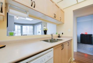 Photo 4: # 409 1150 QUAYSIDE DR in New Westminster: Quay Condo for sale : MLS®# V1109287