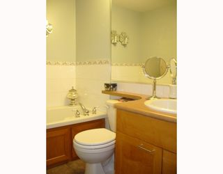 """Photo 10: 106 675 W 7TH Avenue in Vancouver: Fairview VW Condo for sale in """"THE IVY'S"""" (Vancouver West)  : MLS®# V697927"""