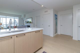Photo 8: 302 9775 Fourth St in : Si Sidney South-East Condo for sale (Sidney)  : MLS®# 877913