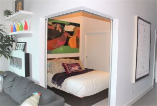 """Photo 9: 307 668 COLUMBIA Street in New Westminster: Quay Condo for sale in """"TRAPP & HOLBROOK"""" : MLS®# R2289718"""