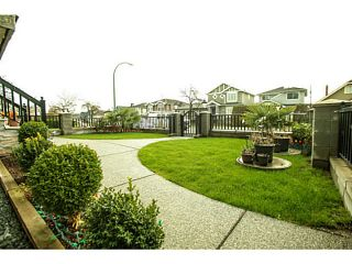 Photo 2: 845 57 Avenue in Vancouver: South Vancouver House for sale (Vancouver East)  : MLS®# V1105469