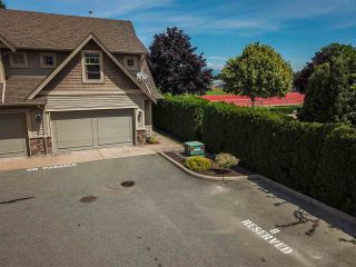 """Photo 1: 8 45377 SOUTH SUMAS Road in Sardis: Sardis West Vedder Rd Townhouse for sale in """"Southfield"""" : MLS®# R2381656"""