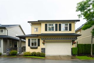 """Photo 3: 41 15885 26 Avenue in Surrey: Grandview Surrey Townhouse for sale in """"Skylands"""" (South Surrey White Rock)  : MLS®# R2465175"""