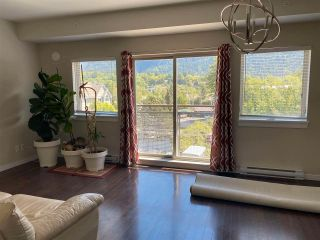 """Photo 2: 406 38142 CLEVELAND Avenue in Squamish: Downtown SQ Condo for sale in """"CLEVELAND COURTYARD"""" : MLS®# R2581310"""