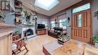 Photo 8: 607 STEPHENS CRES in Oakville: House for sale : MLS®# W5364880