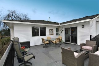 """Photo 2: 12236 MCMYN Avenue in Pitt Meadows: Mid Meadows House for sale in """"SOMMERSET"""" : MLS®# R2253443"""