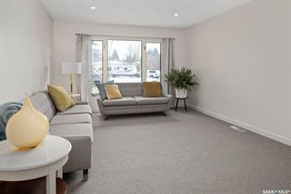 Photo 5: 61 Athabasca Crescent in Saskatoon: River Heights SA Residential for sale : MLS®# SK859293