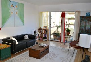 """Photo 2: 706 2409 W 43RD Avenue in Vancouver: Kerrisdale Condo for sale in """"BALSAM COURT"""" (Vancouver West)  : MLS®# R2142014"""