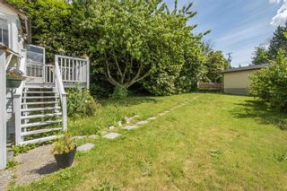 Photo 3: 560 SPRINGER Avenue in Burnaby: Capitol Hill BN House for sale (Burnaby North)  : MLS®# R2594028