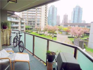 """Photo 8: 302 4373 HALIFAX Street in Burnaby: Brentwood Park Condo for sale in """"BRENT GARDEN"""" (Burnaby North)  : MLS®# V996315"""