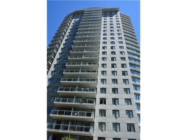 """Main Photo: 3205 898 CARNARVON Street in New Westminster: Downtown NW Condo for sale in """"AZURE 1 @ PLAZA 88"""" : MLS®# V1078443"""