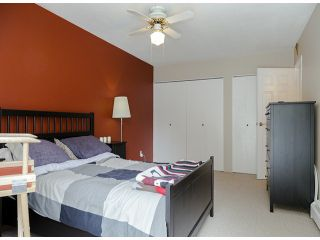"""Photo 9: 204 1544 FIR Street: White Rock Condo for sale in """"JUNIPER ARMS"""" (South Surrey White Rock)  : MLS®# F1412897"""