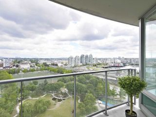 "Photo 1: 2108 58 KEEFER Place in Vancouver: Downtown VW Condo for sale in ""Firenze"" (Vancouver West)  : MLS®# R2379212"