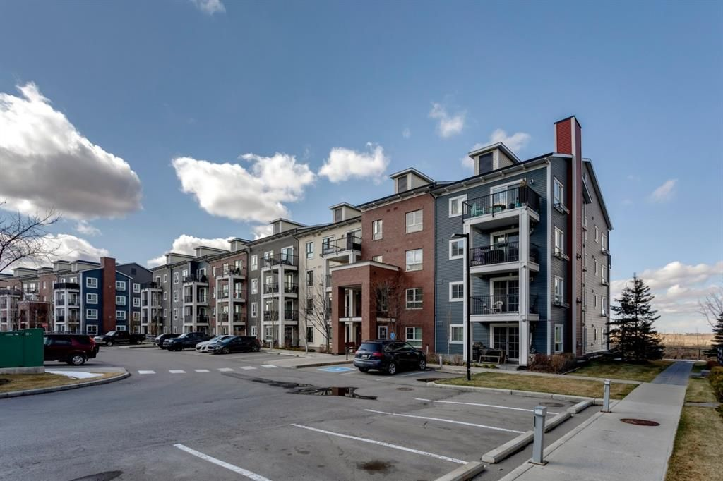 Main Photo: 3109 279 Copperpond Common SE in Calgary: Copperfield Apartment for sale : MLS®# A1097236