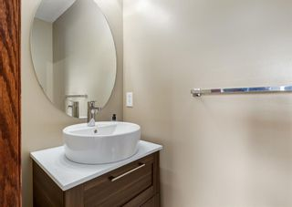 Photo 13: 20 Everridge Road SW in Calgary: Evergreen Detached for sale : MLS®# A1121337
