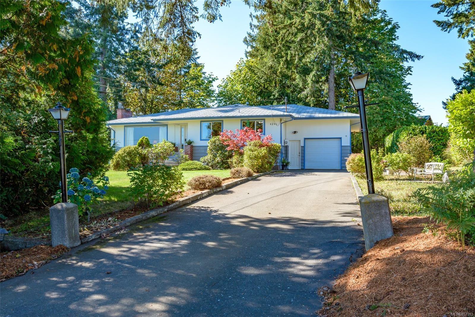 Photo 58: Photos: 4241 Buddington Rd in : CV Courtenay South House for sale (Comox Valley)  : MLS®# 857163