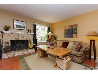 Photo 4: 12 Amber Pl in VICTORIA: VR Glentana House for sale (View Royal)  : MLS®# 635266