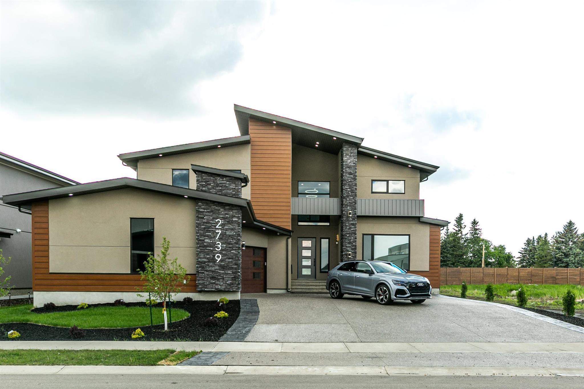 Main Photo: 2739 WHEATON Drive in Edmonton: Zone 56 House for sale : MLS®# E4264140
