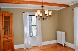 Photo 10: 105 Townsend Street in Lunenburg: 405-Lunenburg County Residential for sale (South Shore)  : MLS®# 202122372