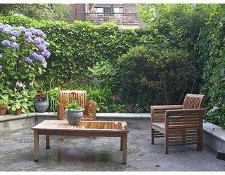 """Photo 1: 108 1775 W 11TH Avenue in Vancouver: Fairview VW Condo for sale in """"THE RAVENWOOD"""" (Vancouver West)  : MLS®# V659643"""
