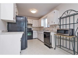 """Photo 7: 122 SPRINGFIELD Drive in Langley: Aldergrove Langley House for sale in """"SPRINGFIELD"""" : MLS®# F1441638"""