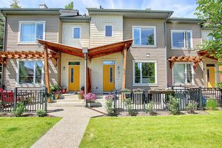 Photo 3: 39 Chapalina Square SE in Calgary: Chaparral Row/Townhouse for sale : MLS®# A1121993