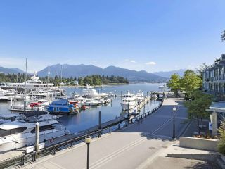 "Photo 20: 2106 1331 W GEORGIA Street in Vancouver: Coal Harbour Condo for sale in ""The Pointe"" (Vancouver West)  : MLS®# R2504782"