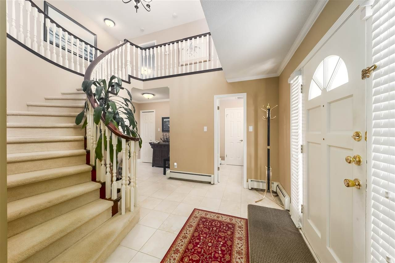 Photo 2: Photos: 10291 MORTFIELD Road in Richmond: South Arm House for sale : MLS®# R2490488