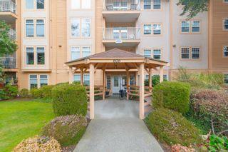 Photo 1: 401 606 Goldstream Ave in : La Fairway Condo for sale (Langford)  : MLS®# 877939