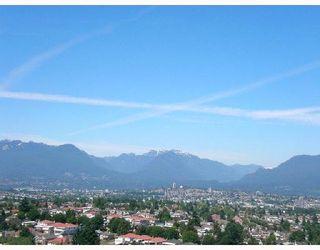 """Photo 3: 2709 5380 OBEN Street in Vancouver: Collingwood VE Condo for sale in """"URBA"""" (Vancouver East)  : MLS®# V722451"""