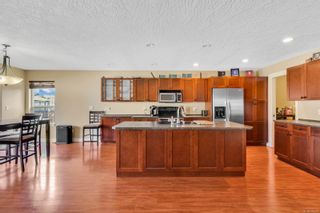 Photo 7: 687 Olympic Dr in : CV Comox (Town of) House for sale (Comox Valley)  : MLS®# 876275