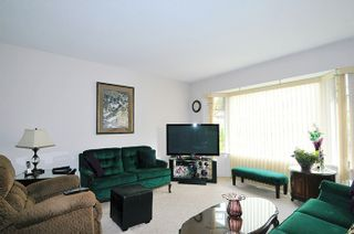 Photo 3: 9013 HAMMOND STREET in Mission: Mission BC House for sale : MLS®# R2010856