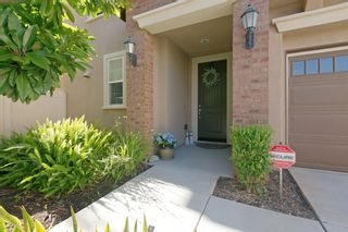 Photo 2: SAN MARCOS House for sale : 3 bedrooms : 540 Moonlight Drive