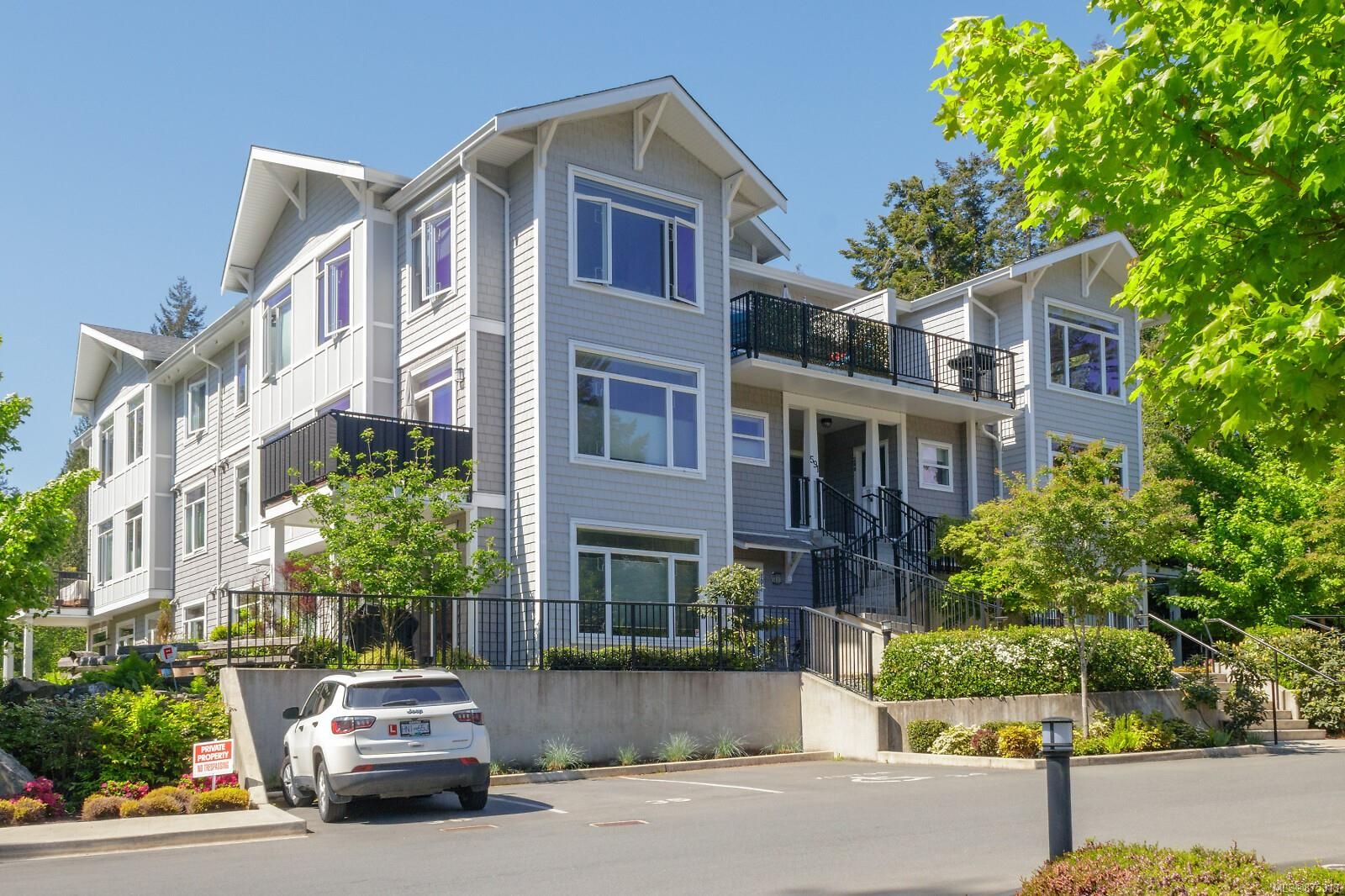 Main Photo: 300 591 Latoria Rd in : Co Olympic View Condo for sale (Colwood)  : MLS®# 875313