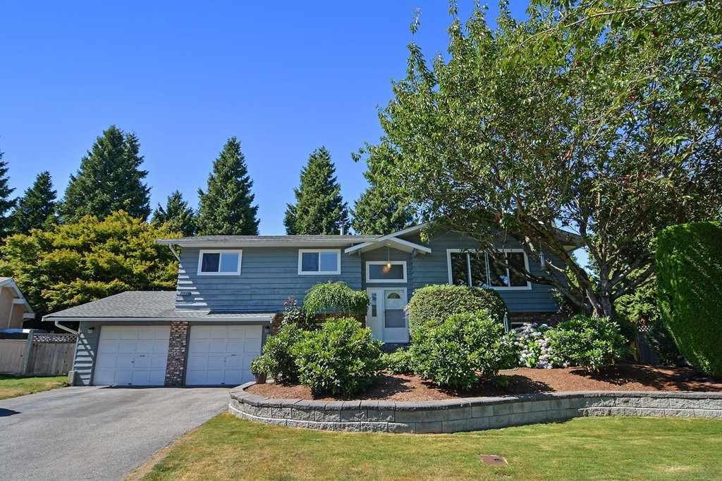 Main Photo: 9091 BUCHANAN Place in Surrey: Queen Mary Park Surrey House for sale : MLS®# R2096463