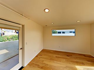 Photo 10: POINT LOMA Condo for rent : 2 bedrooms : 3244 Nimitz Blvd. #8 in San Diego