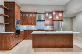Photo 4: 851 IOCO ROAD in Port Moody: Barber Street House for sale : MLS®# R2122534