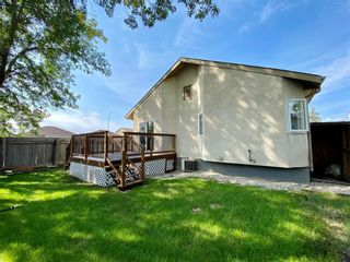 Photo 5: 243 Marygrove Crescent in Winnipeg: House for sale : MLS®# 202122583